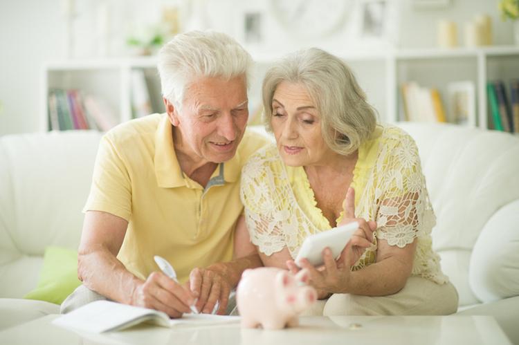 Hilfe im Pflegefall: Mit diesen Tipps unterstützt Ihr Eure Kunden